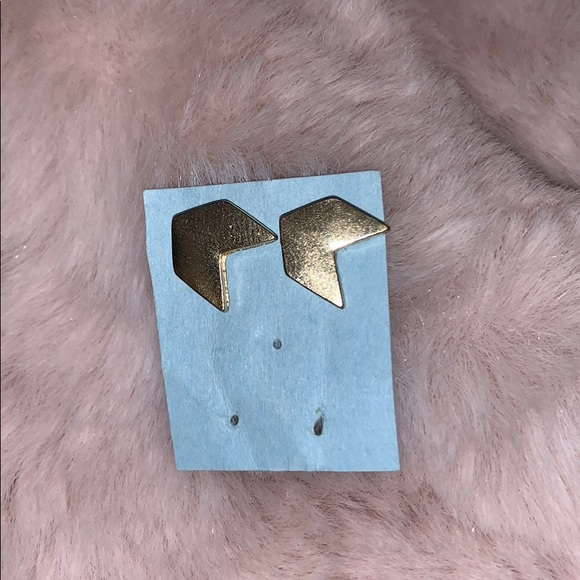 Jewelry - Chevron Gold earring studs